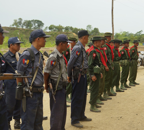 Myanmar's soldiers and police on duty at Myanmar-Bangladesh border (Photo - EMG)