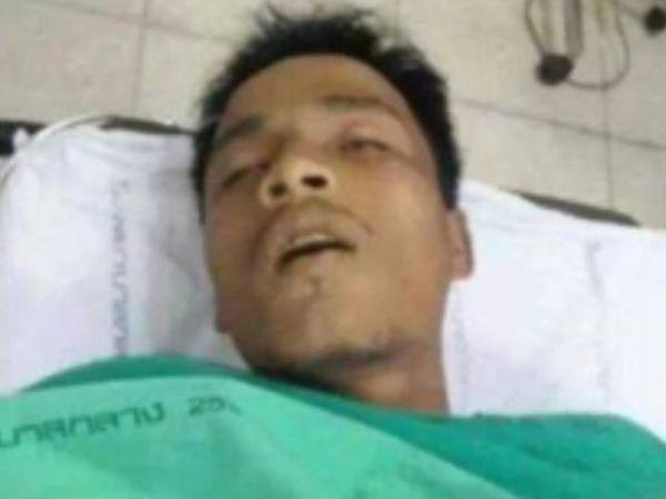ฟ้า พรทิพา 6 hours ago near Amphoe Pak Kret, Thailand งานนี้น่าสงสัย ตำรวจมีเอี่่ยวด้วยหรือเปล่า และต้องค้นหากันต่อไป ทำไมตำรวจไปฉกศพที่โรงพยาบาลโดยที่ไม่มีใครตั้งตั้งตัว และทำไมต้องรีบเอาศพน้องการ์ด กปต. ที่ถูกยิงเสียชีวิตไปอย่างเร่งรีบ หลายท่านที่อยู่คุยเหมือนกันมันดูแปลก ๆ ใครต้องรีบตามเรื่องนี้ด้วยด่วนที่สุด