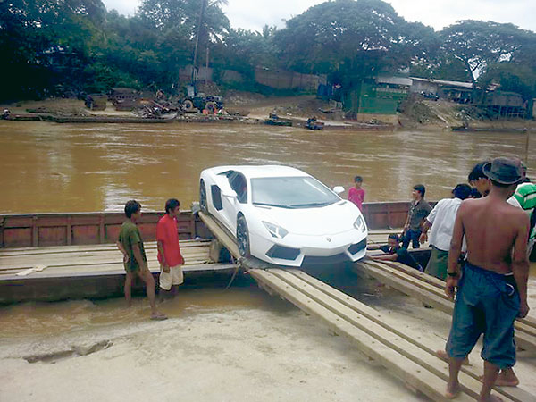 A Lamborghini seen in Myanmar-Thai border after being imported (Photo-EMG)