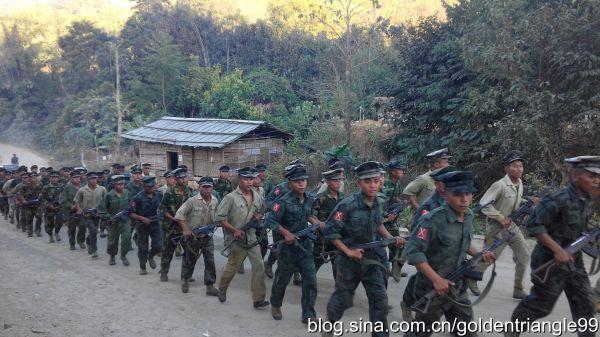 kachin soldiers