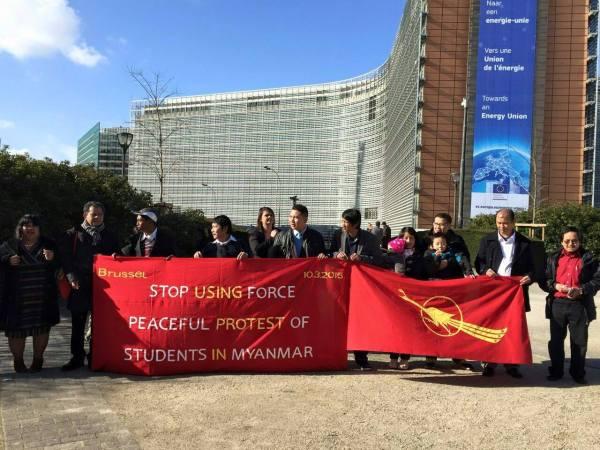 ၁၀ ရက္ မတ္လ ၂၀၁၅ Belgium နိဳင္ငံ Bruxelles ျမိဳ ့တြင္ျပဳလုပ္ေသာဥေရာပေရာက္ျမန္မာမ်ား(FORUM OF BURMESE IN EUROPE ) ၏ အၾကမ္းဖက္သိန္း စိန္အစိုးရရဲ ့ဒီမိုကေရစီပညာေရး...